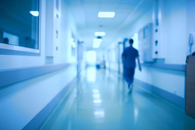 「『ゼロ秒思考』のA4メモ書きと2x2フレームワークによる医療事故の原因探求、課題整理、解決策立案」第13回 医療の質・安全学会学術集会 in 名古屋市