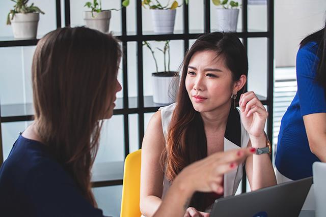 しゃべりたい気持ちをどう抑える?新刊『自己満足ではない「徹底的に聞く」技術』ポイント解説《第4回》